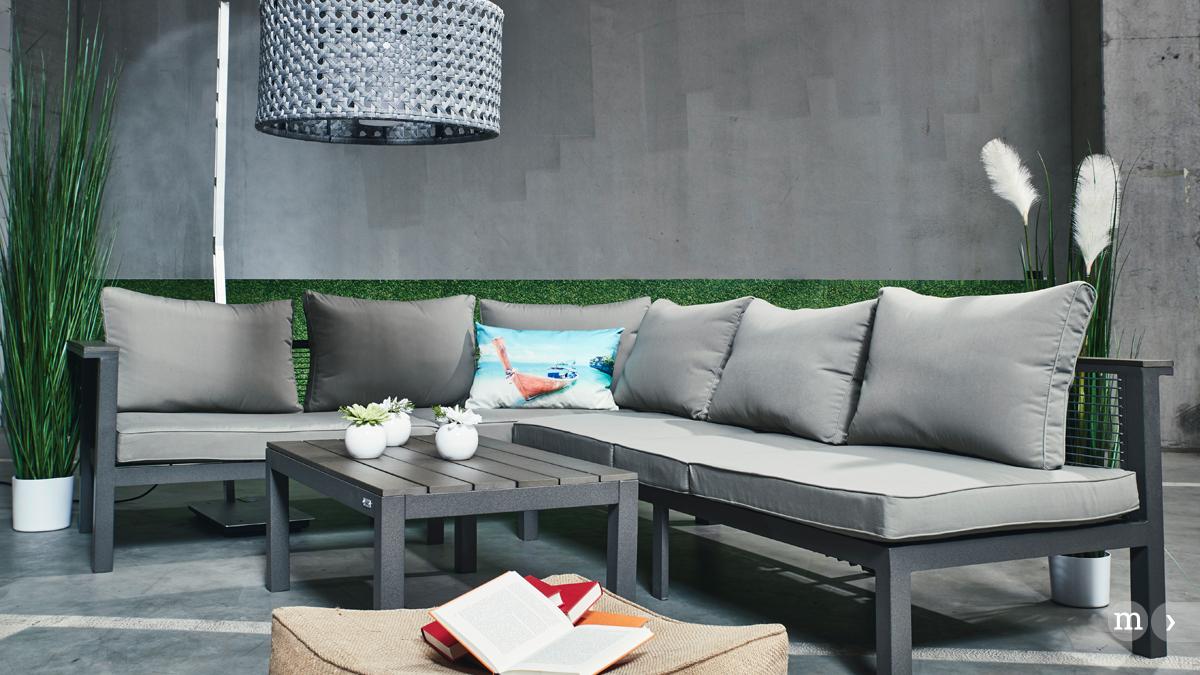 der garten wird zum freiluft wohnraum zurbr ggen magazin. Black Bedroom Furniture Sets. Home Design Ideas