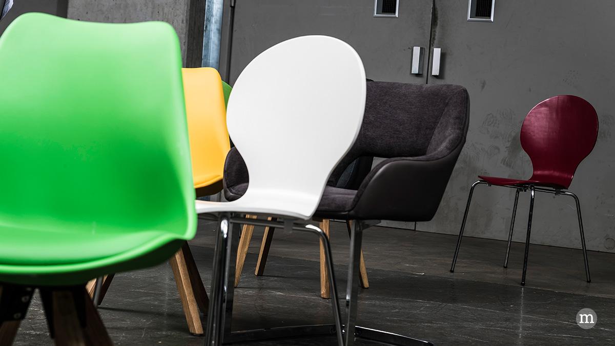 st hle klassiker moderne trends zurbr ggen magazin. Black Bedroom Furniture Sets. Home Design Ideas