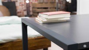 Ein Schreibtisch hält Einzug